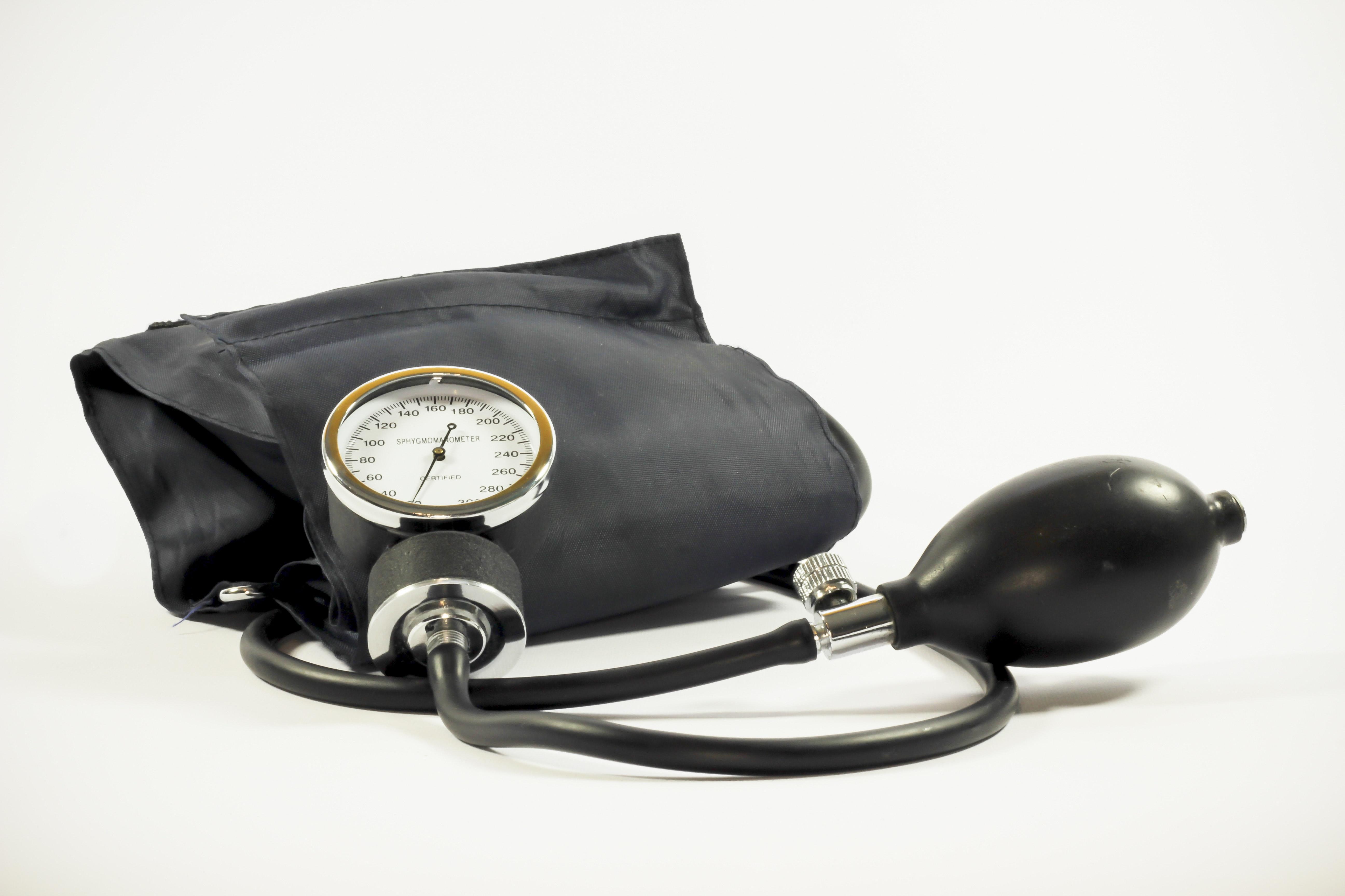 black-blood-pressure-gauge-blood-pressure-meter-33258